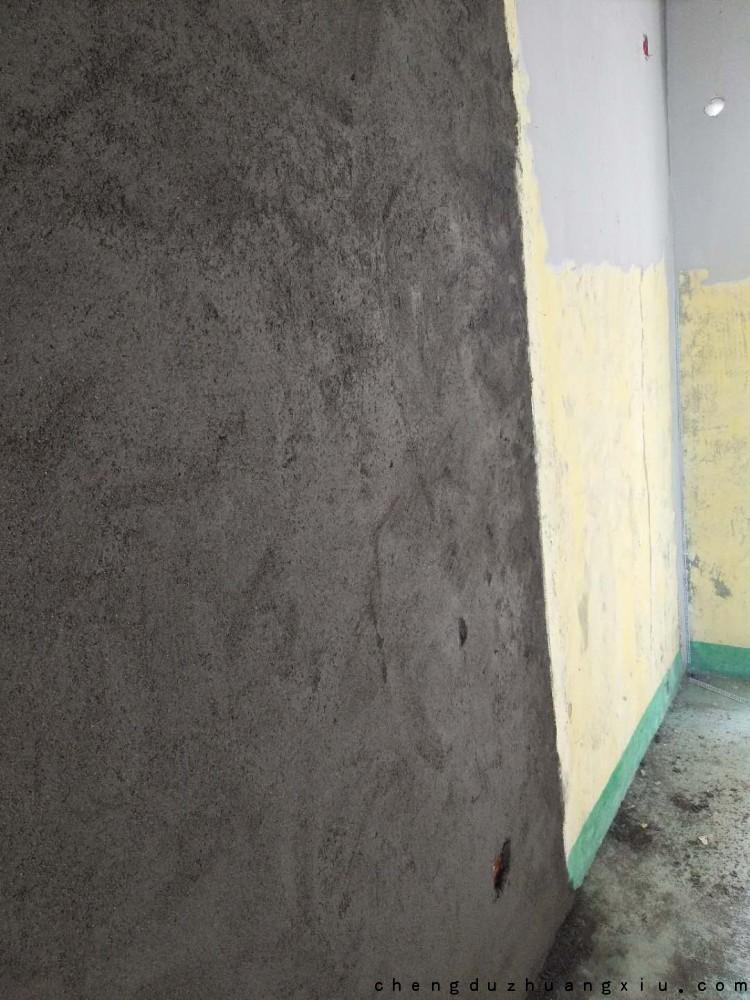 成都装修网:新建墙体施工完毕